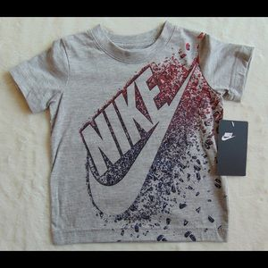 Nike Tee Boys New with Tags